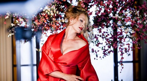 Ума Турман — лицо календаря Campari 2014