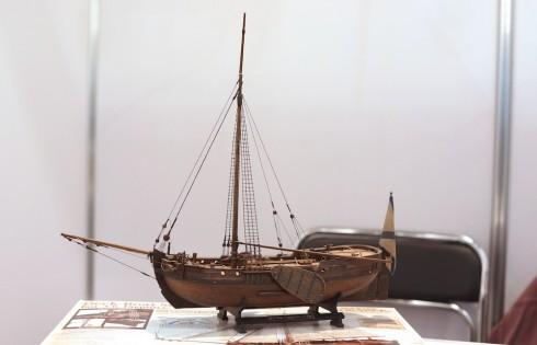 модель старинного парусника