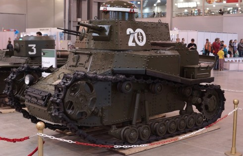 большая модель танка