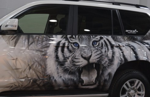 тигр на авто