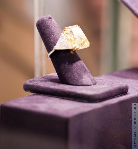 желтый бриллиант - перстень Элизабет Тейлор