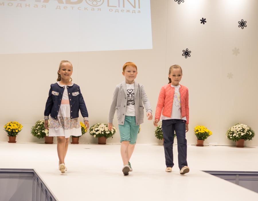 модный показ детской одежды Chadolini