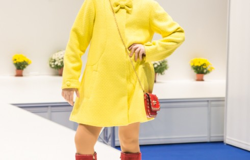 осенне пальто для девочки Vitacci