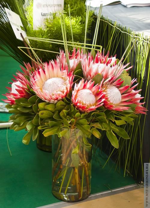 букет цветов к празднику