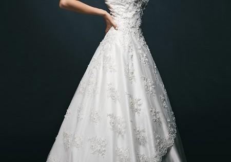 """пышное свадебное платье из коллекции """"Дождь роз"""""""