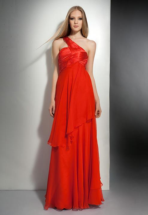 красное платье в греческом стиле на выпускной