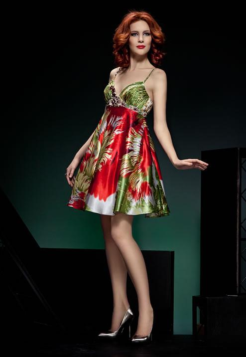 яркое цветное платье на выпускной