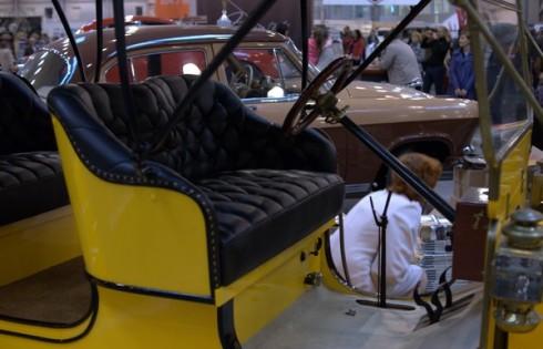 Форд Т желтого цвета