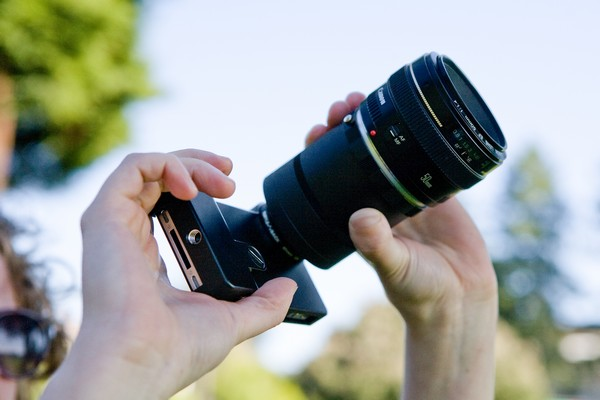 Превращаем  iPhone в полноценный фотоаппарат