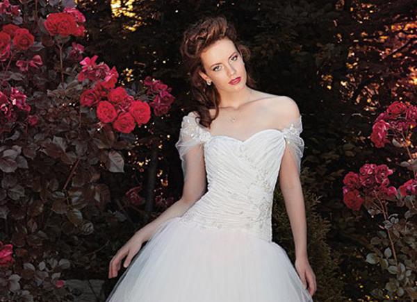 Пышные свадебные платья из коллекции «Дождь роз»