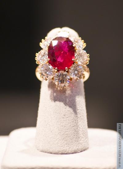 перстень из коллекции Элизабет Тейлор