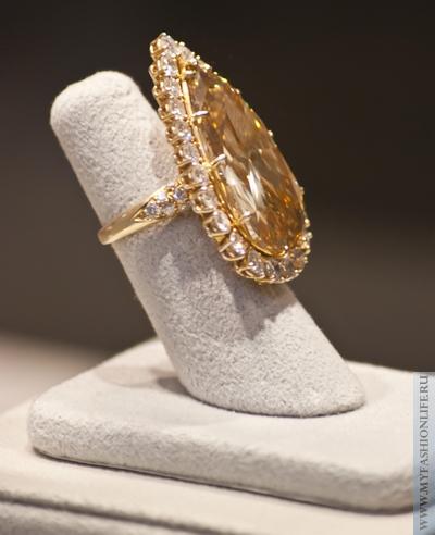 золотой перстень Элизабет Тейлор