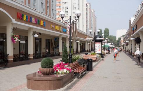 пешеходная улица в городе Энгельс
