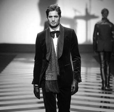 Мужчина от Roberto Cavalli – стильный интеллектуал