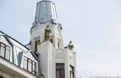статуи немецких рыцарей