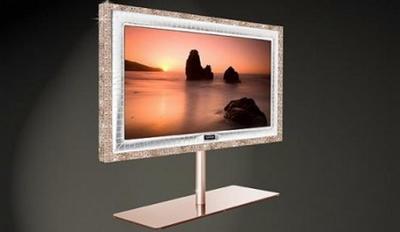 Стюарт Хьюз 55-дюймовый телевизор из золота