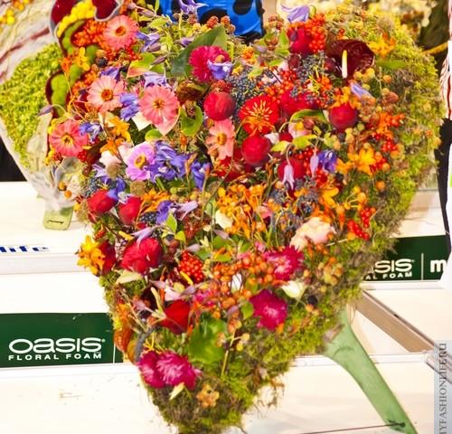 Сердце из цветов — выбираем валентинку