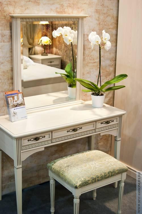 Туалетный столик с зеркалом из дерева своими руками 84