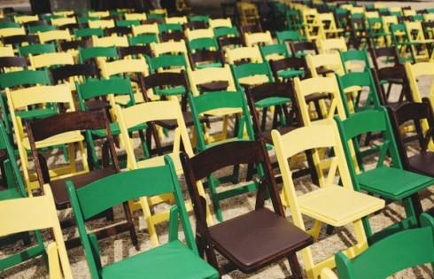 стулья для гостей